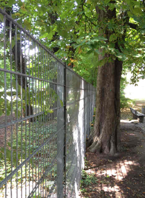 Harte IHK-Grenze zum öffentlichen Park westl. der Bismarckstraße