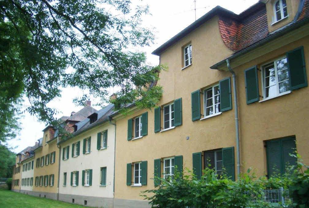 Landgestütswohnungen an der Siebentischstraße werden abgerissen!