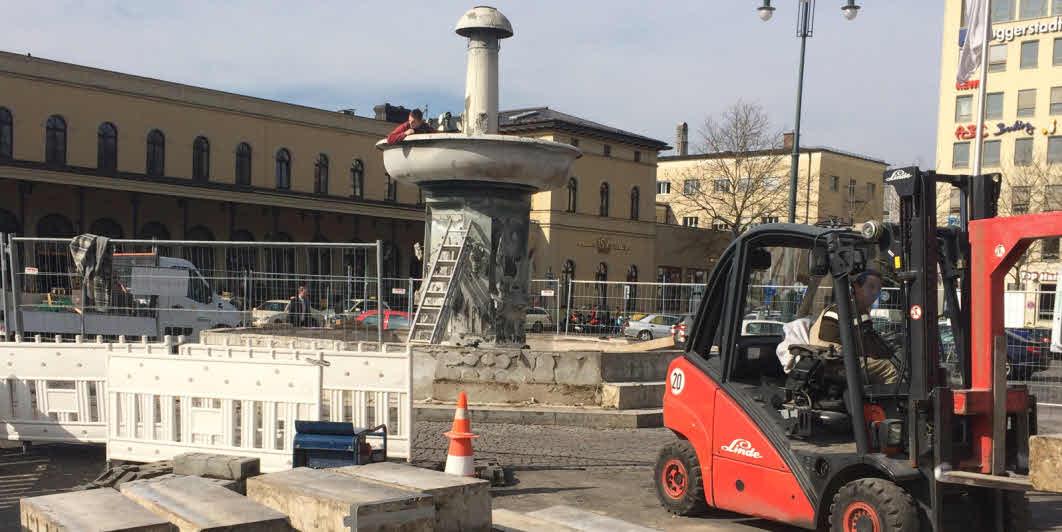 Abbruch des Bechtelerbrunnes am 26.Feb.2014