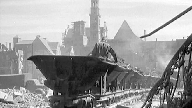 Trümmerbahn in der Maximilianstraße