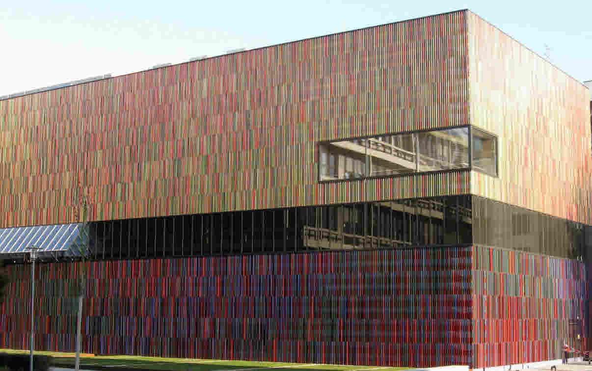 Das Museum Brandhorst in München wurde am 21. Mai 2009 eröffnet.